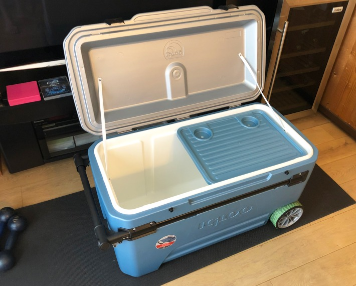 about-igloo-maxcold-110qt
